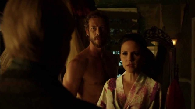 Lost Girl 4×06 Promo 'Of All the Gin Joints'