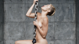 Miley Cyrus – Wrecking Ball Official Music Video